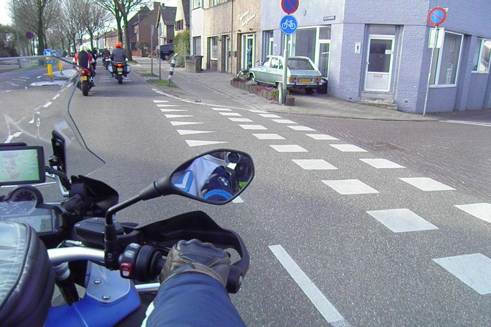 Motorrijbewijspoint Brabant theorie cursus online